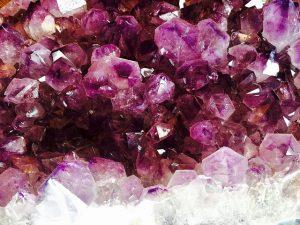 crystal-1405272_640